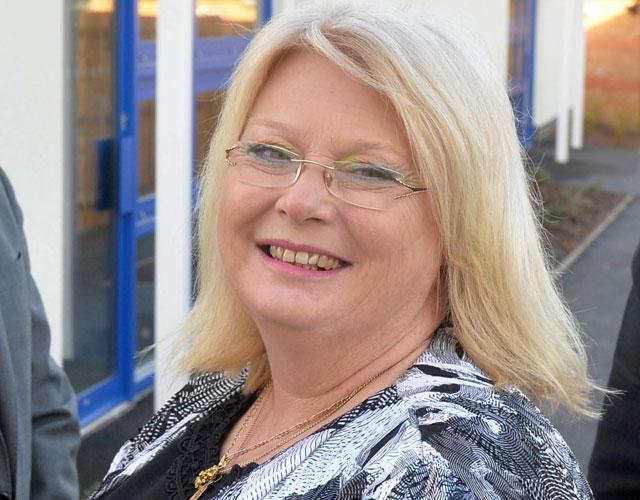 jenny winder headteacher termtime holiday