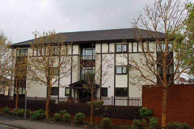 £15,000 flat in Preston
