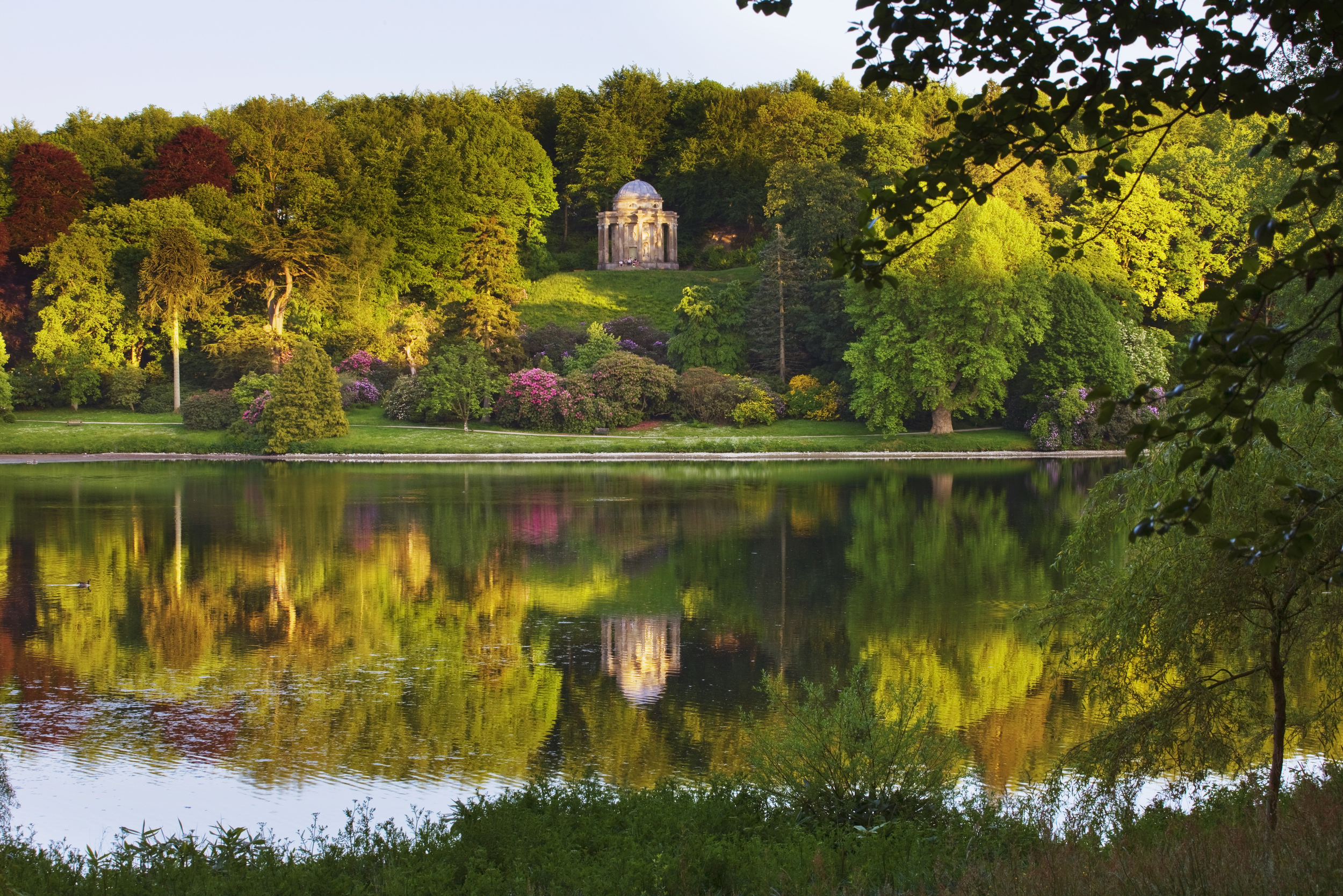 Britain 39 S Best Gardens To Visit This Spring Aol Uk Travel