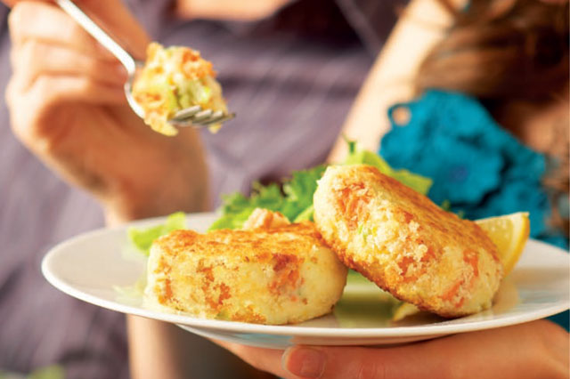 Baked salmon fishcakes recipe
