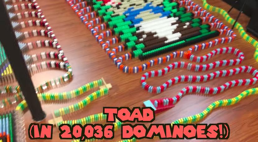 Domino-Wahnsinn: Toad mit über 20.000 Steinen