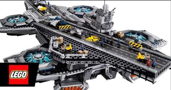 レゴが作った映画『アベンジャーズ』の飛行要塞兼巨大空母「ヘリキャリア」がスゴすぎる