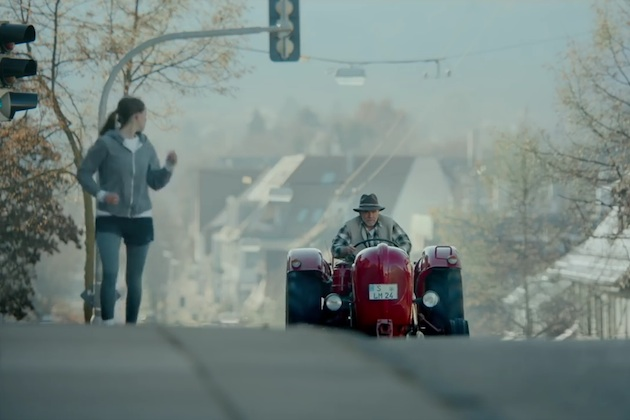 【ビデオ】ポルシェがル・マンから撤退するアウディに向けて粋なビデオを制作