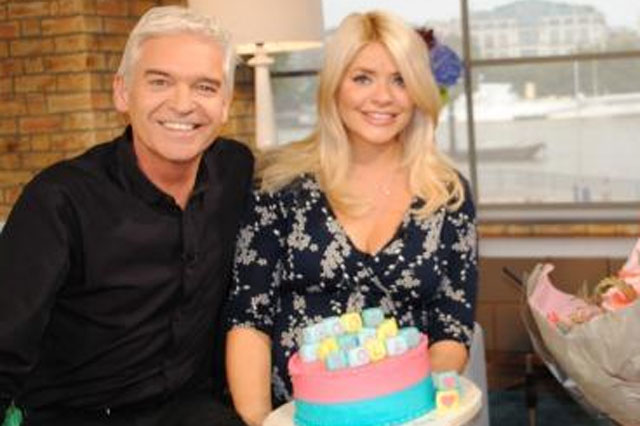 pregnant holly willoughby maternity leave this morning