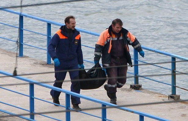 Russian military pilot 'pulled wrong lever' on plane, killing 92