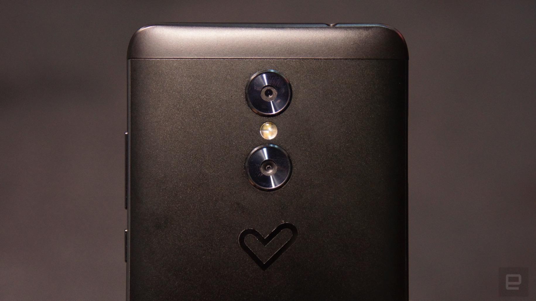 Energy Sistem también quiere ofrecerte cámara dual a precio asequible