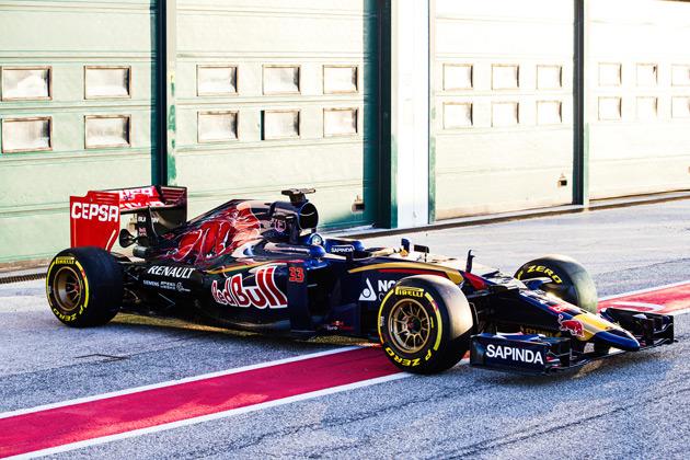 トロロッソ、2015年用F1マシン「STR10」を合同テスト前日に初公開!