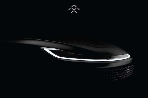 ファラデー・フューチャー、CESで発表する新型EVのフロントをチラ見せ