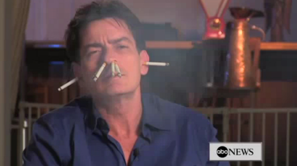 Personaje de comic Charlie-sheen-cigarettes
