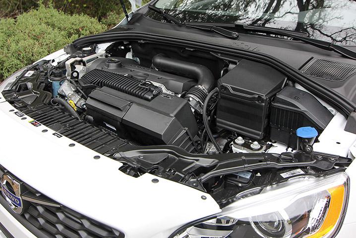 2015.5 Volvo V60 Cross Country