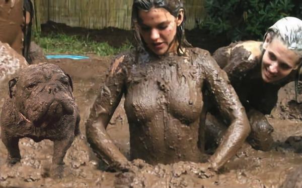muddy dog photoshop treatment, psbattle reddit, muddy dog mud wrestling girls