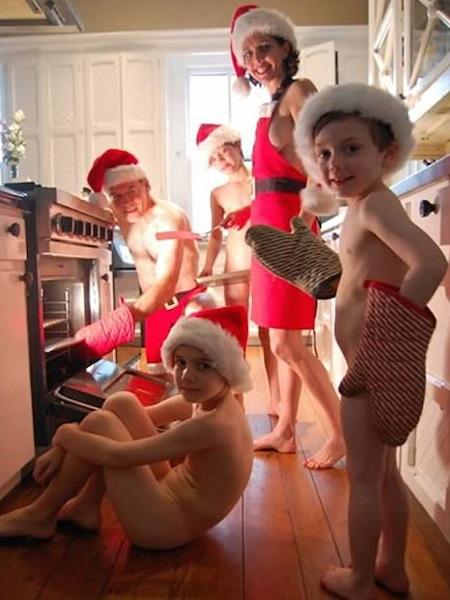 funny christmas cards, funny christmas photos, naked family christmas