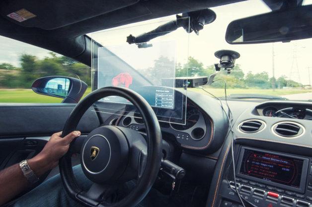 【ビデオ】過去の走りをゴーストカーとしてディスプレイに映し出す新型システム