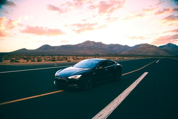 Tesla-model-s-billion-km