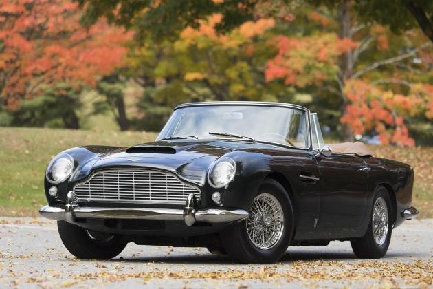 1965年型アストンマーティン「DB5コンバーチブル」が市販モデル最高額2億5000万円で落札!