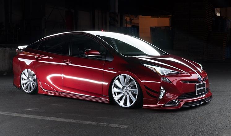 新型トヨタ「プリウス」用のボディキットをヴァルド・インターナショナルが発表