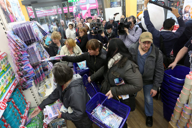 Frozen mania: Christmas shoppers strip pound store of movie merchandise in 10 minutes