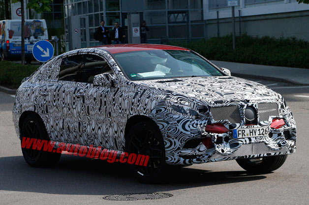 Mercedes-Benz MLC spy shots