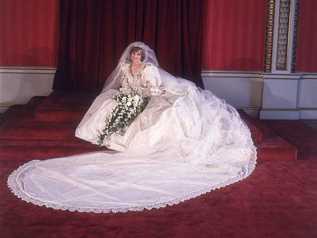 Princess-diana-wedding-dress