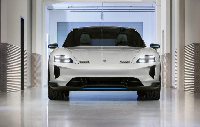 Porsche will 500 Lade-Säulen aus dem US-Boden stampfen