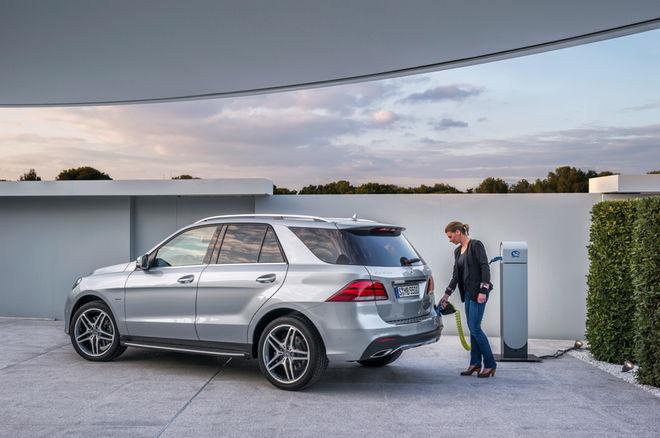 """Wind of Change: Mercedes-Manager dürfen """"nur noch"""" Autos mit E- oder Hybrid-Antrieb fahren"""