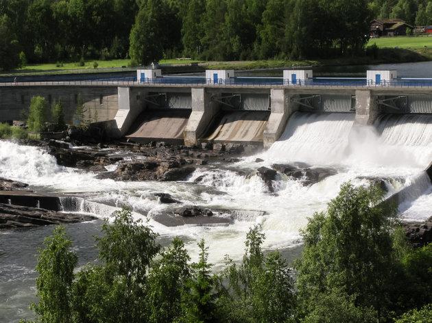 Hydroelectric power station in Hunderfossen, Gudbrandsdal river, Oppland, Norway