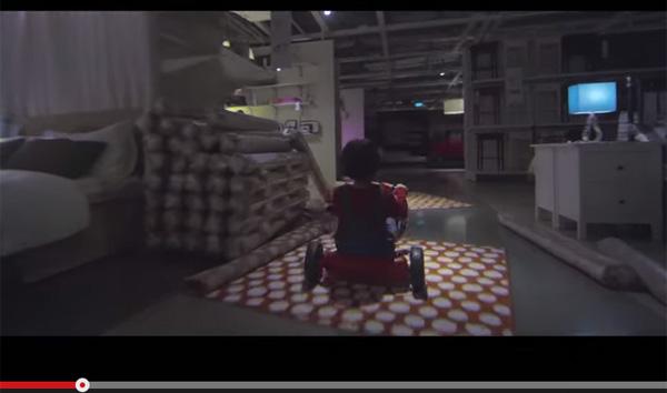 IKEAの『シャイニング』パロディCMがハイクオリティ!怖すぎると話題に