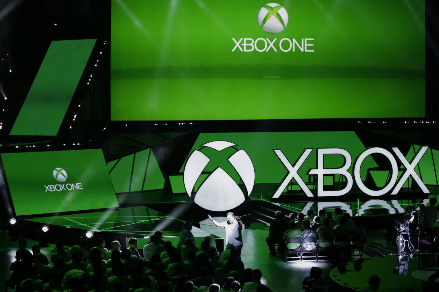 Las aplicaciones de Windows 10 llegarán a Xbox One en verano