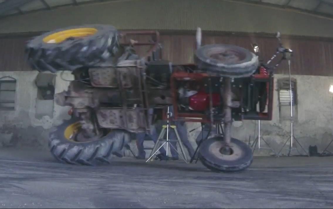 saab, tractor, vianor, video, volvo, volvo 240, volvo 740, volvo 940, Traktor, Trekker, Landmaschine, Ken Block,  Gymkhana, traktor, drift,