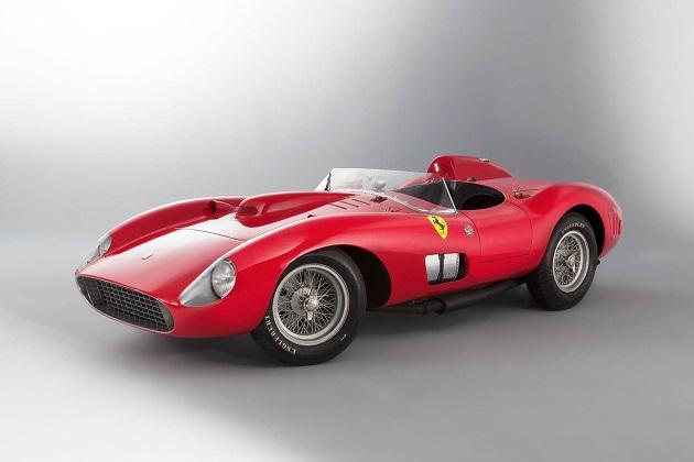 数々の名ドライバーが乗った1957年製フェラーリ「335S」、41億円以上で落札