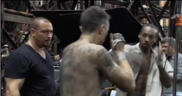 八百長賭けボクシングで殴り合うシーンが凄すぎる 映画『ファーナス/訣別の朝』特典映像
