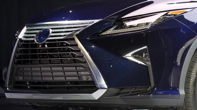 レクサス初の燃料電池車はトヨタ「MIRAI」より高性能なパワートレインを積むSUVに