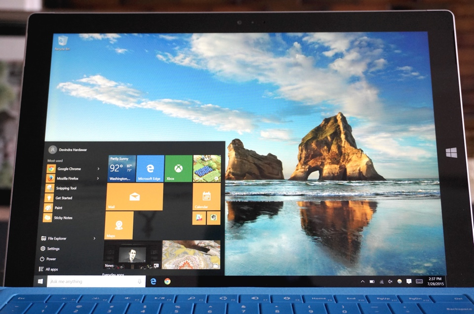 Microsoft wants you to stick with Windows 10's default apps