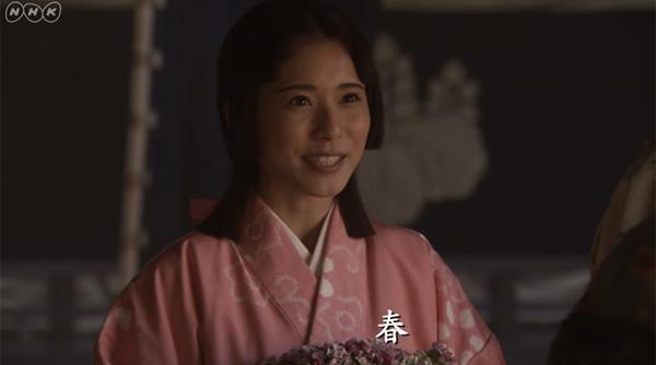さらに第28話では、秀吉(小日向文世)が信繁に対して春を嫁にもらうように命じるというシーンが登場したが、実はこの二人、後に本当の夫婦となる関係だけに、歴史