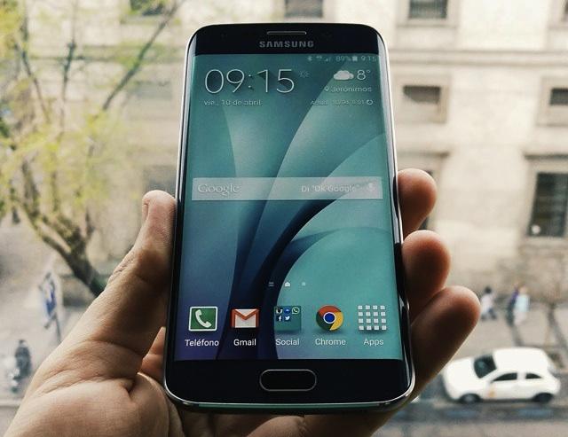 Hoy salen a la venta los Samsung Galaxy S6 y S6 Edge, ¿te vas a comprar alguno?