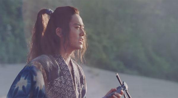 『FNS歌謡祭』俳優・桐谷健太の本編→CMのリレーが絶妙すぎると話題に