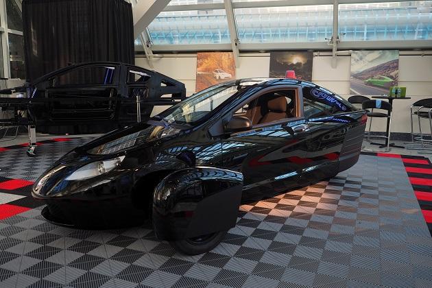 Elio Motors、低燃費3輪車の発売を再び延期 2018年内の市販開始を目指す