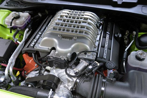 【噂】最高出力825hpをマーク? ダッジ「チャレンジャーSRTヘルキャット」に排ガス規制の壁