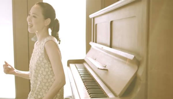 松田聖子の可愛すぎる新曲MVがと話題に 35年前と変わらぬ姿を披露【動画】