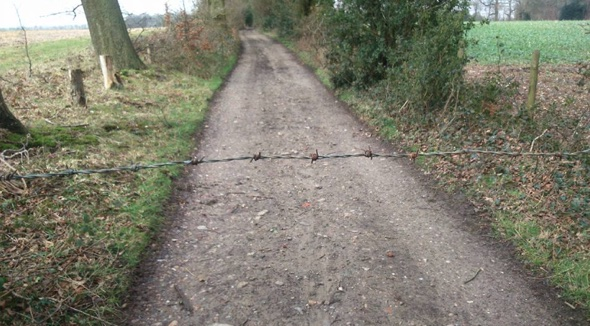 Barbed wire boobytrap left on cycle path in Kent