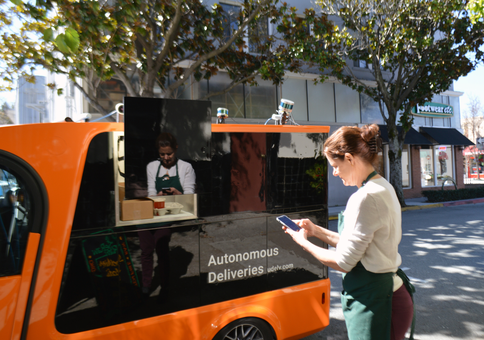 photo image Oklahoma City stores will deliver groceries with autonomous vehicles