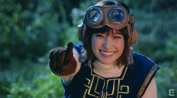人気女優・本田翼が出演する「ドラゴンクエスト」のCM映像が公開された。
