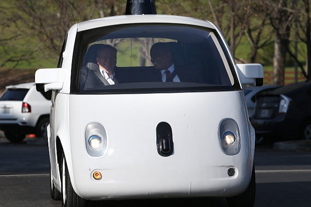 Google、自動運転車プロジェクトの責任者に自動車産業界のベテランを迎える