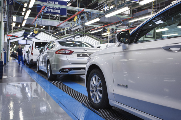 Ford has started production of the all-new Ford Mondeo Hybrid – the first hybrid electric car built and sold by Ford in Europe.