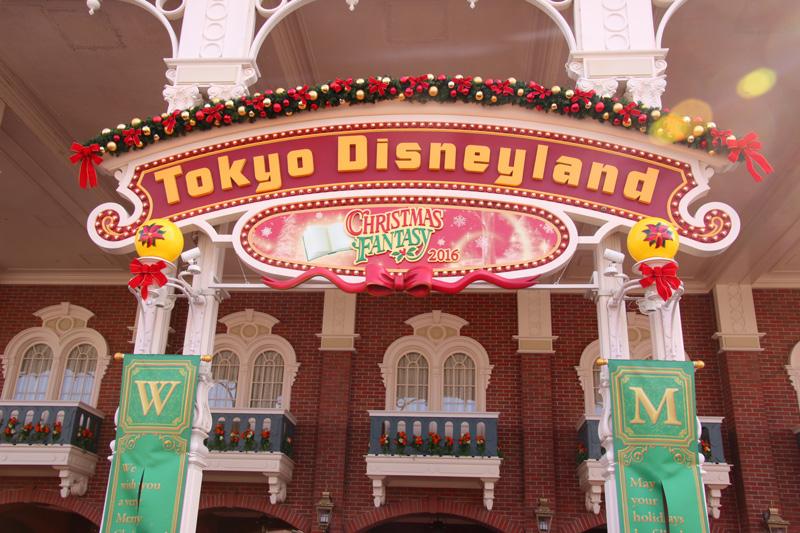 クリスマスのハピネスがいっぱい! 人気の「東京ディズニーリゾートのクリスマス」潜入