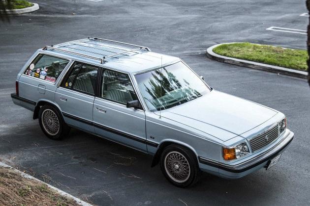 まさに羊の皮を被った狼!? ターボ付きエンジンに換装された1987年型「プリムス・リライアント」をオークション・サイトで発見