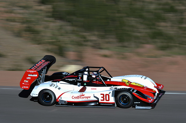 2014 Pikes Peak International Hill Climb.