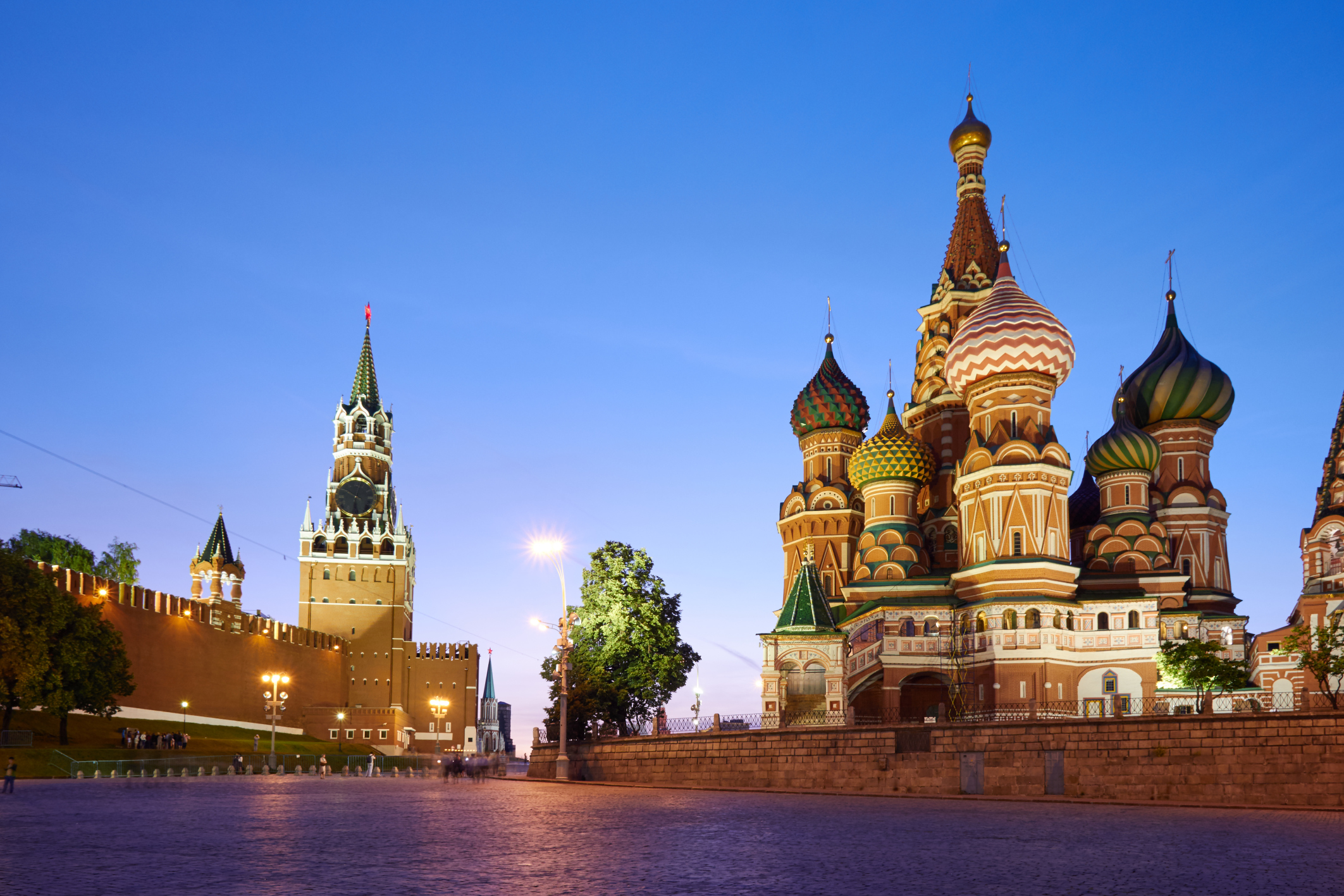 The buildings located on the Red Square: Kremlin wall (at left) and Saint Basil's Cathedral (at right), Moscow, Russia. UNESCO W