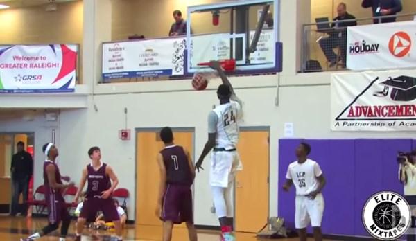 アンドレ・ザ・ジャイアントより3センチもデカい!ある高校バスケ選手がスゴすぎる【動画】