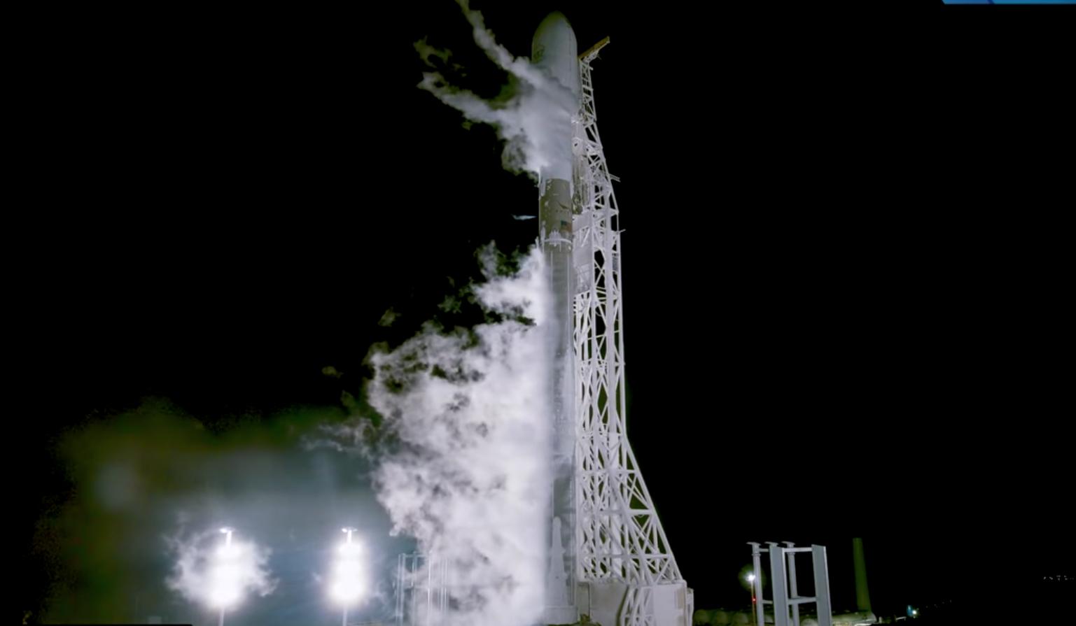 Video: Satellit PAZ mit Falcon 9 erfolgreich gestartet